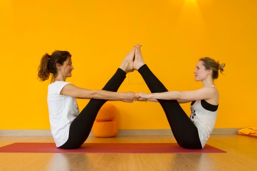 yoga partner-1